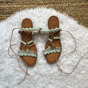 DOLCE VITA Spotted Hair Mint Lace Up Sandals 9.5